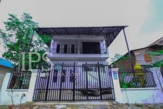 Spacious 4 Bedroom Villa For Rent -  Siem Reap