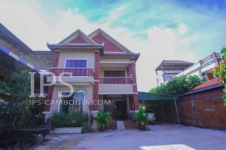 4 Bedroom Villa for Rent - Vihear Chen Village