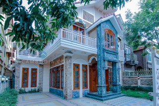 Villa for Rent in Chroy Changva - 3 Bedrooms