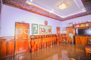Villa For Rent in Siem Reap - Wat Svay thumbnail