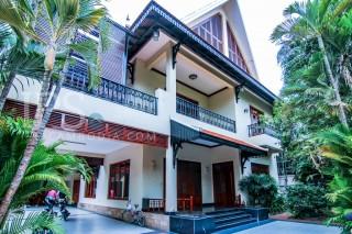 Residential Villa for Rent in BKK1 - 10 Bedrooms