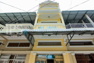 Townhouse for Sale in Phnom Penh - 4 Bedrooms