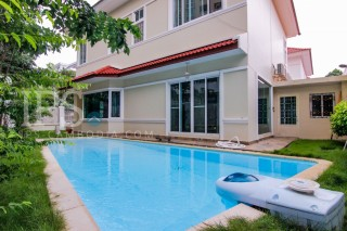 Tonle Bassac Villa with Pool for Rent - 2 Bedrooms