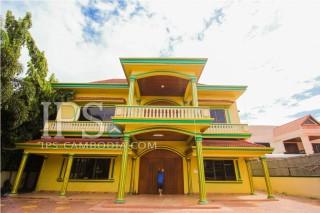 6 Bedroom Villa for Rent in Siem reap
