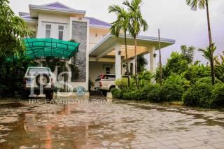 Siem Reap - Western Style Villa for Sale
