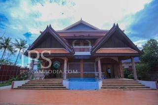 6 Bedroom Villa For Rent - Siem Reap