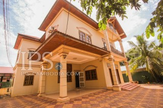 Siem Reap - 4 Bedroom Villa for Rent