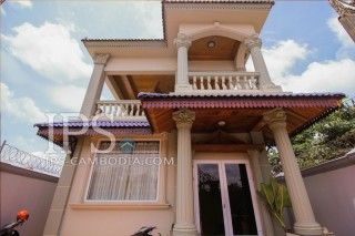 Siem Reap 3 Bedroom Villa for Rent