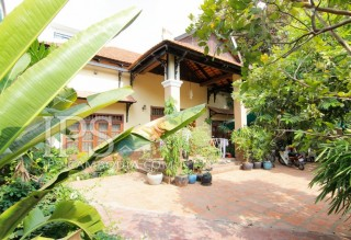 Colonial Style Villa in Boeung Trabek For Rent - Four Bedrooms
