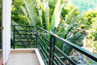 Phnom Penh Apartment For Rent in Tonle Bassac - Three Bedrooms