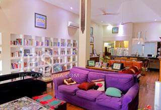 House For Sale in Phnom Penh - Tonle Bassac