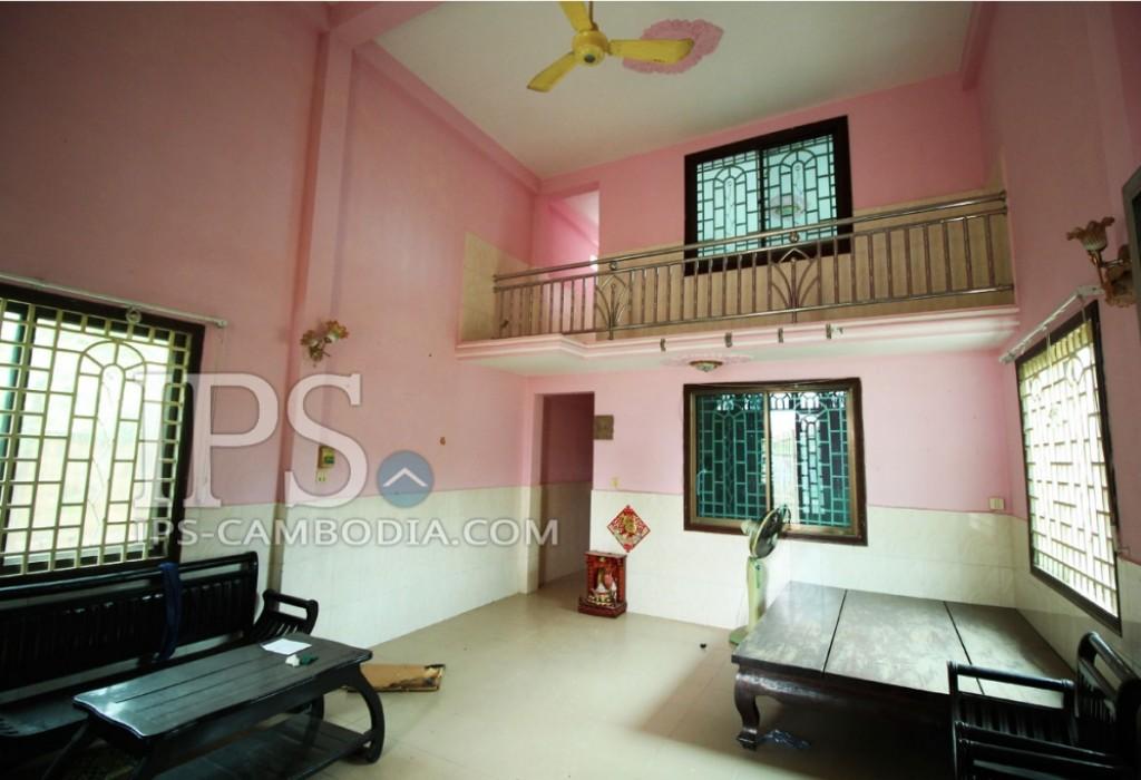 Classic Six Bedroom Villa For Rent - Siem Reap Rentals