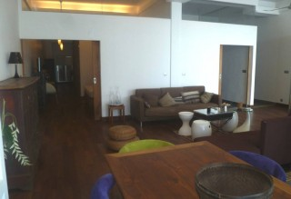 Modern Three Bedroom Apartment for Sale on Riverside