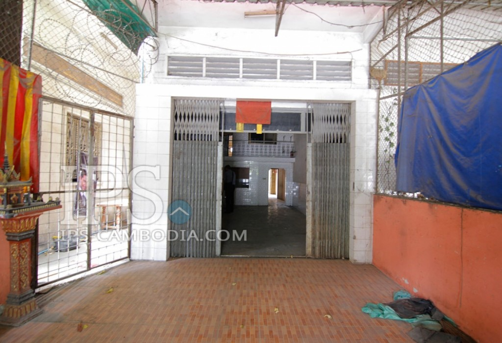 Storefront For Rent in BKK1