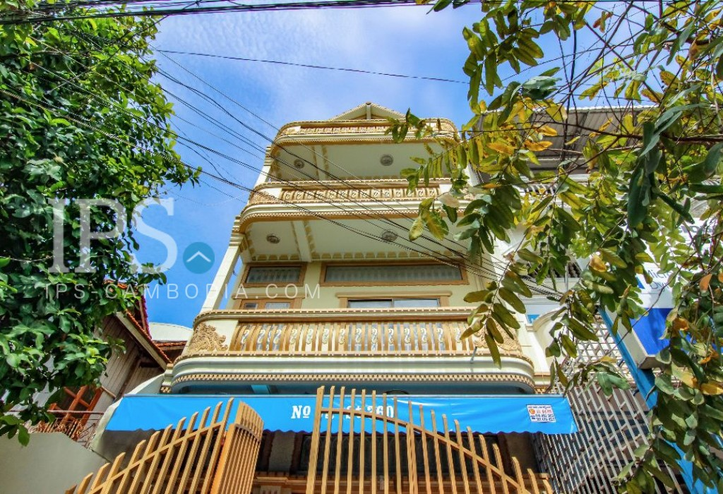 Commercial Townhouse for Rent in BKK3