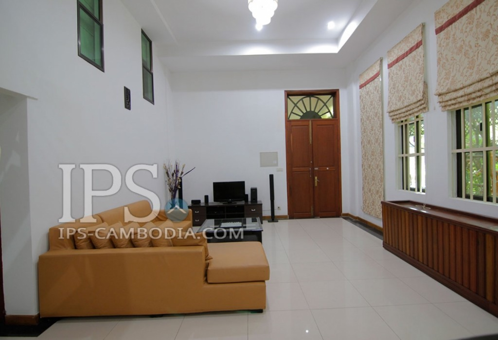 3 Bedroom Apartment For Rent in Wat Phnom, Phnom Penh