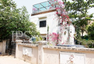 Uniquely Designed House for Sale in Boeung Tumpun thumbnail