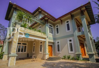 Villa for Rent in Siem Reap - 6 Bedrooms