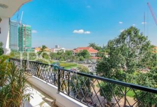 Three Bedroom Phnom Penh Apartment - Wat Phnom
