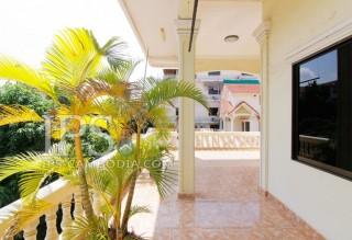Five Bedroom Villa in Phnom Penh For Rent