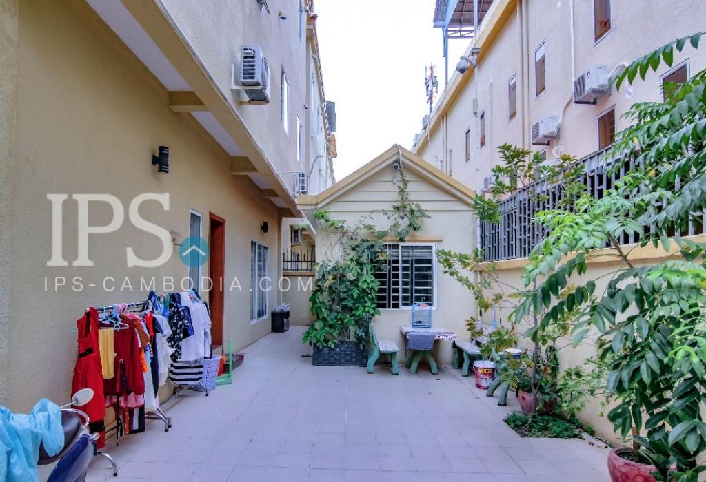 Sen Sok Villa for Rent - 8 Bedrooms