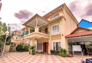 Sen Sok Villa for Rent - 8 Bedrooms