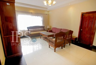 Apartment in Phnom Penh - Three Bedroom in Phsar Doeum Thkov