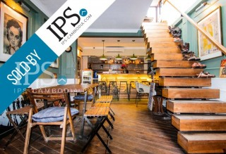 Popular Bar for Sale in Tonle Bassac - SOLD