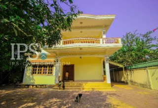 5 Bedrooms House for Rent in Siem Reap