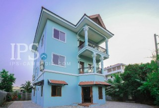 6 Bedrooms Villa for rent in Siem Reap thumbnail