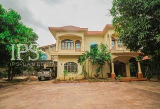 8 Bedroom Villa for Rent in Siem Reap