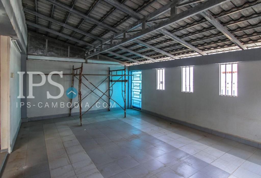 Villa For Rent in Sen Sok - 4 Bedrooms