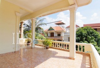Villa For Sale in Phnom Penh - Five Bedrooms