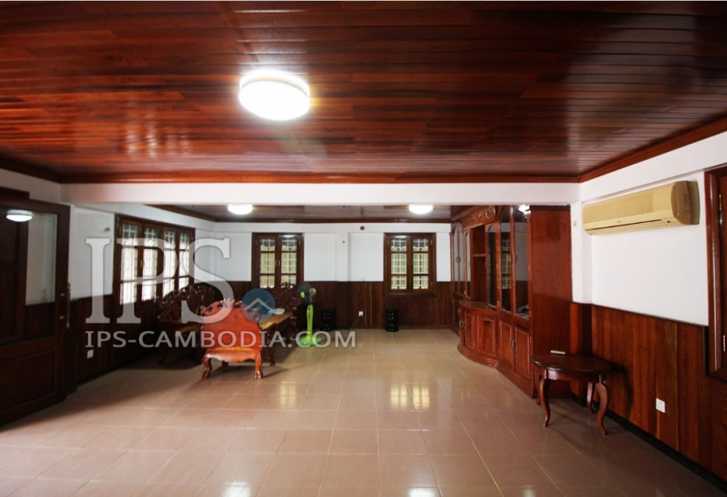 Attractive Four Bedroom Villa for Rent - Siem Reap Angkor