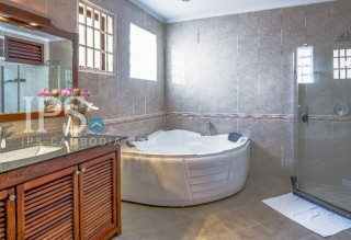 2 Bedroom Apartment for Rent - Serviced Apartment BKK1 thumbnail