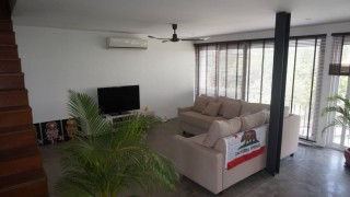 4 Bedroom Apartment for Sale in Phnom Penh - Wat Phnom