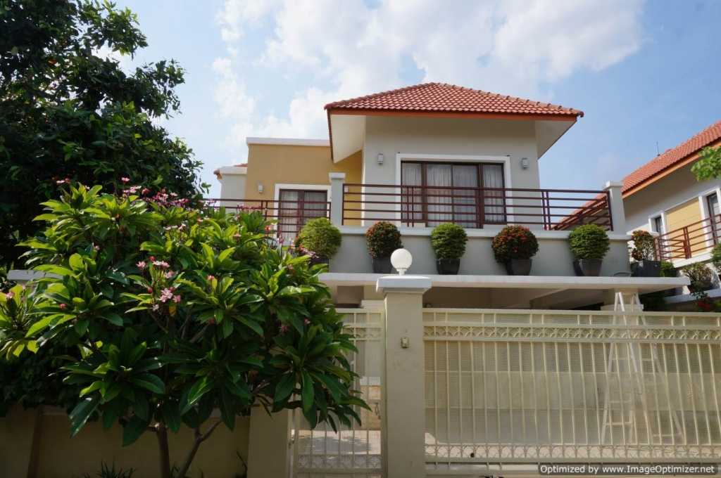 3 Bedroom Villa for rent in Toul Kork