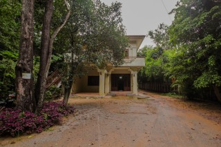 Enormous 5 Bedroom Villa in Siem Reap