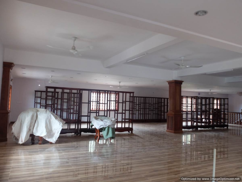 Commercial Building with Apartments for Rent in Siem Reap - National Museum