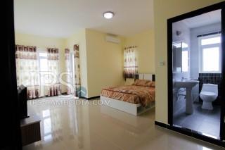 Phnom Penh Two Bedroom Apartment for Rent - 7 Makara