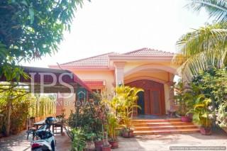 Siem Reap - Three Bedroom Villa For Rent