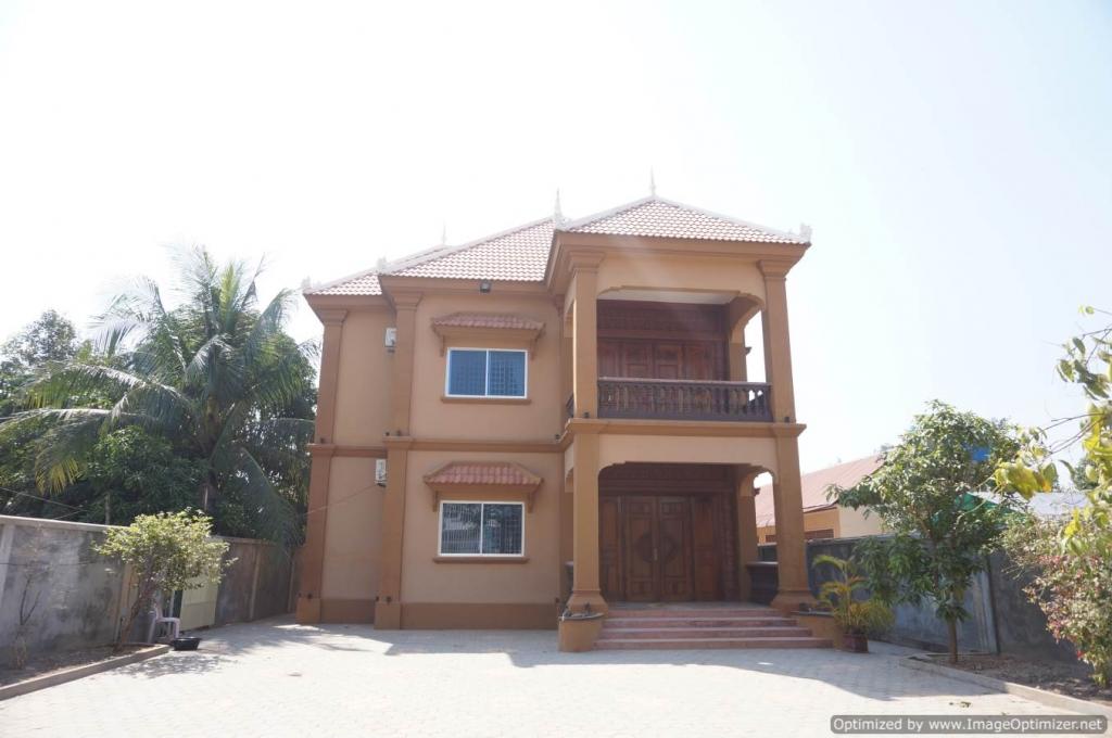 Five Bedroom Villa for Rent in Siem Reap
