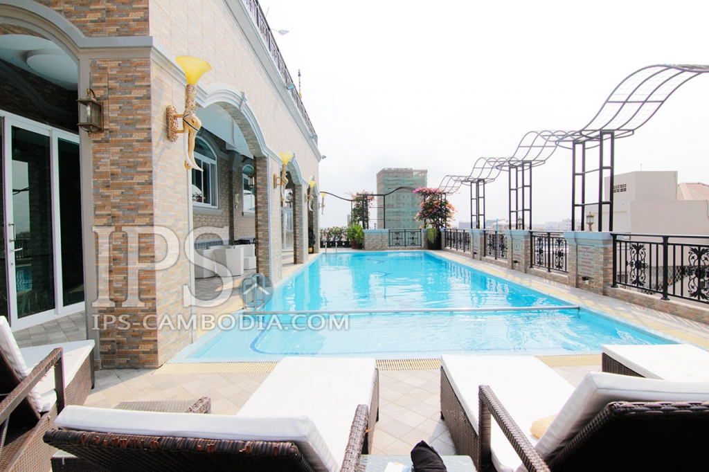 Exclusive Four Bedroom Townhouse For Rent in Phsar Doeum Thkov