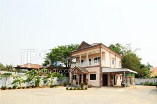 3 Bedroom Villa for Rent in Siem Reap - Sala Kamruek