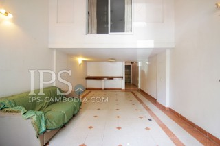 Four Bedroom Townhouse for Sale in Phnom Penh - Tonle Bassac