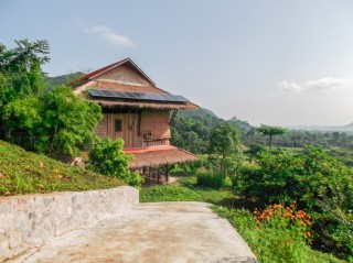 Traditional Khmer Wooden House in Kep - For Sale