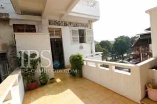 Apartment For Sale in Phnom Penh - One Bedroom in Wat Phnom