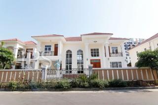 Four Bedroom Villa for Rent in Phnom Penh - Chroy Changvar