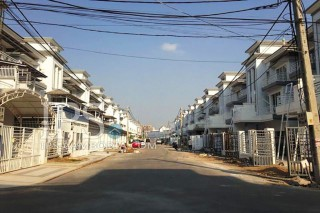 Townhouse for Rent Phnom Penh - Four Bedrooms in Sen Sok