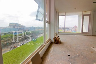 Office Space in Tonle Bassac - 600 Sqm
